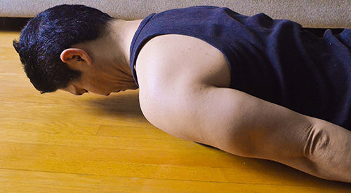 Get Rid Of Your Neck Pain With These Neck Exercises- Toronto Downtown Chiropractor-Deep Neck Flexors